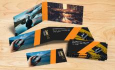 Cartão Duplo com Verniz Localizado e Hot Stamping